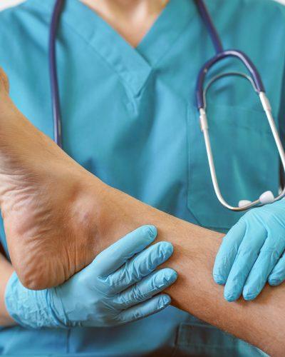Claw-Toe-Treatment